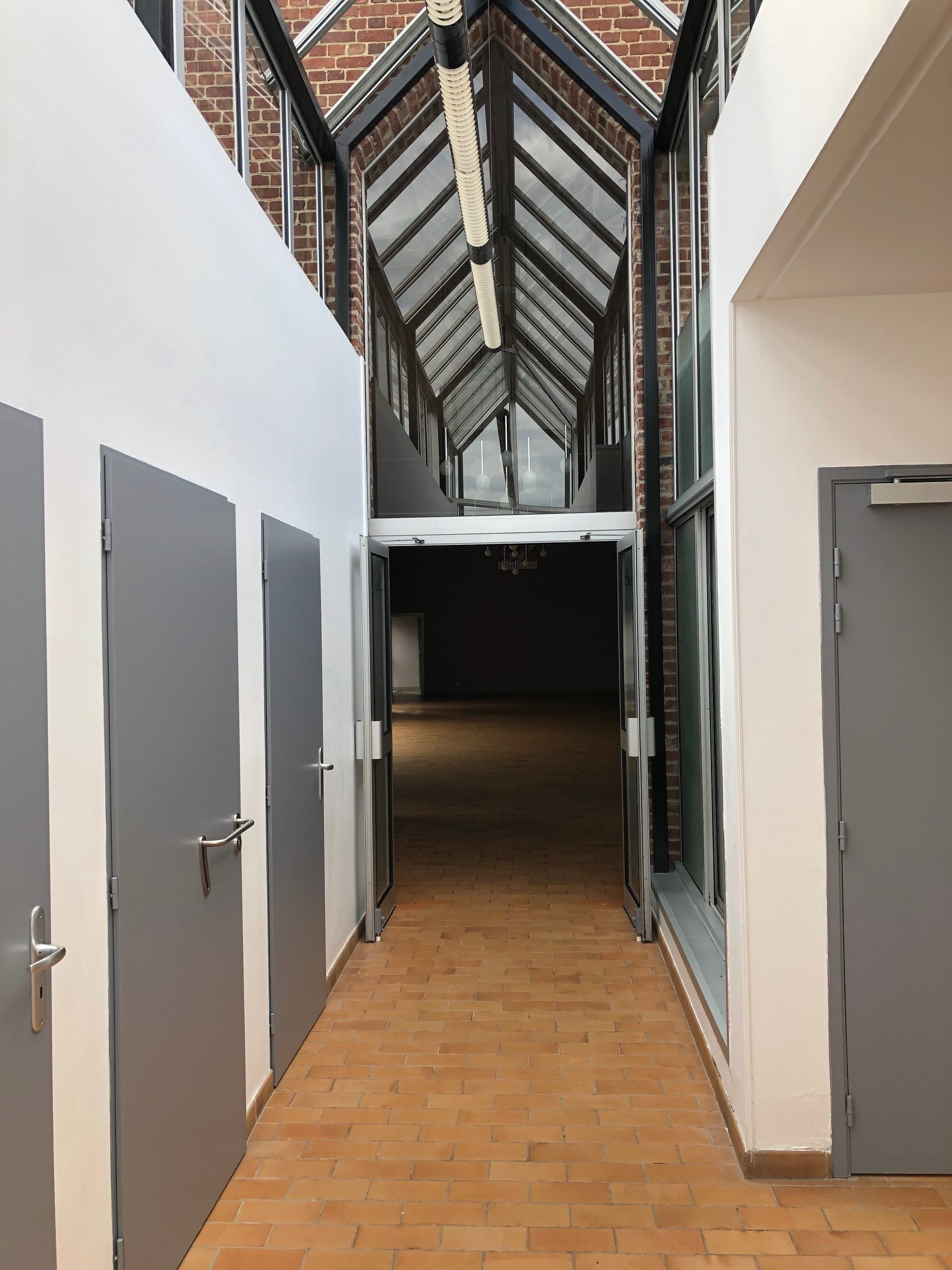 Salle des fetes interieur 1
